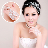 New Arrival Free Shipping Wedding Dress Accessory Wedding Accessory Crystal Bridal Bracelet With Ring Hand Chain
