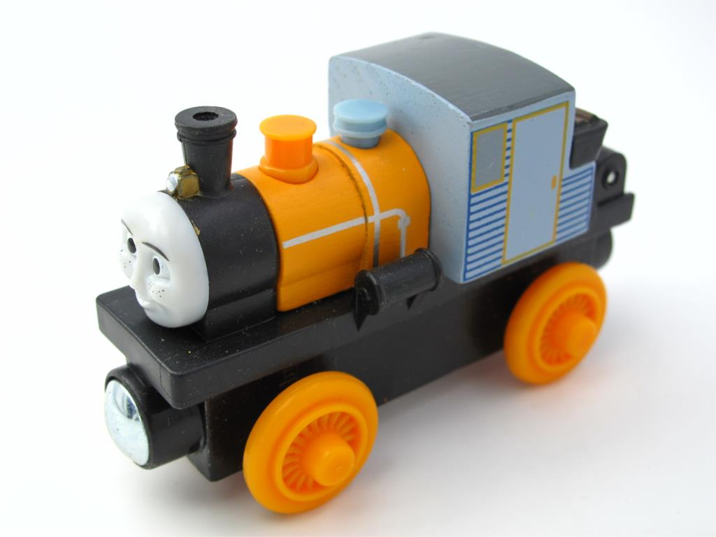 Wooden Thomas Train T035W DASH Thomas And Friends Trackmaster Magnetic Tomas Truck Car Locomotive Engine Railway Toys for Kids