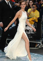 Emma Watson Same Paragraph Red Carpet Dresses 2017 Most Popular  Backless Off The Shooulder Sleeveless White A Line Party Gowns