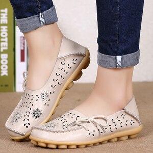 النساء الشقق النساء الأحذية الجلدية حقيقية الانزلاق على المتسكعون امرأة لينة ممرضة راقصة الباليه أحذية زائد حجم 34-44 عارضة sapato Feminino