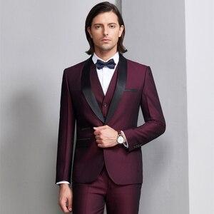 Image 2 - Plyesxale masculino terno 2018 ternos de casamento para homens xale colar 3 peças ajuste fino burgundy terno dos homens azul real smoking jaqueta q83