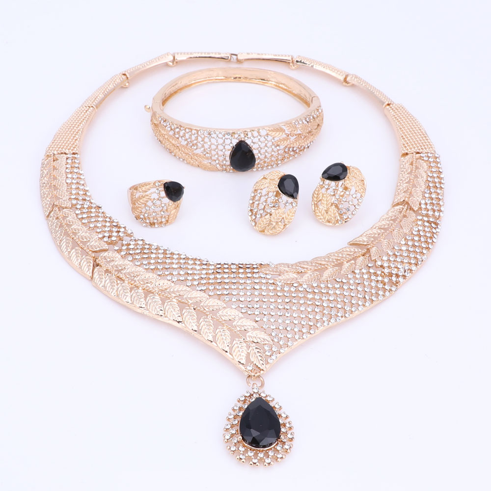 Դուբայի բյուրեղյա զարդերի հավաքածու - Նորաձև զարդեր - Լուսանկար 4