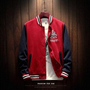 Image 2 - 2020 New Arrival na jedno ramię wygodna strój baseballowy płaszcz mężczyzna Bomber Jacket mężczyźni rękaw ze ściągaczem marki odzież gorąca sprzedaż polar łączone