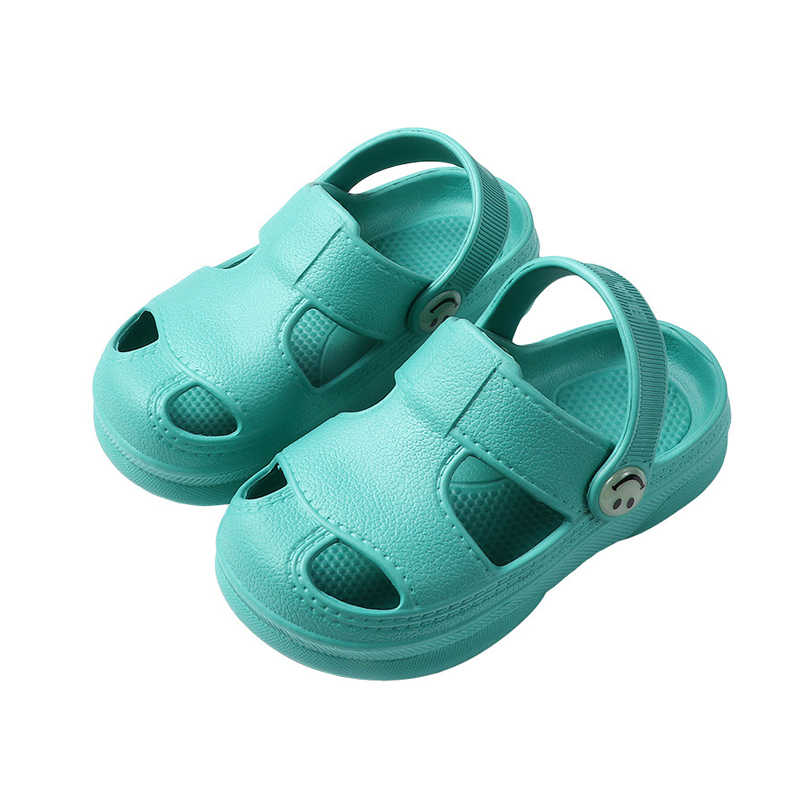 Slip On Shoes for Boys and Girls Water Shoes Sneakers Clogs Slide Garden Shoes for Beach Pool Shower Toddler Clog Slippers Sandals