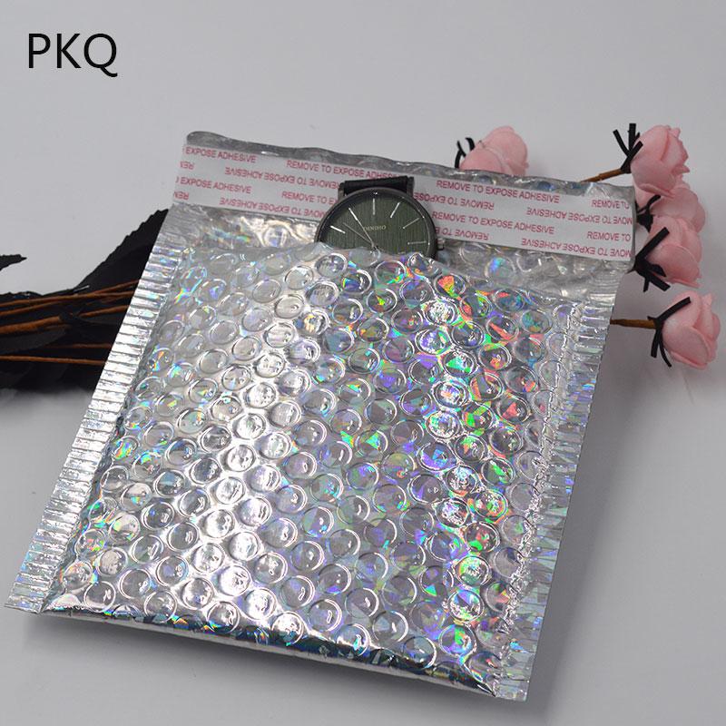 15x13 cm argent laser Wrap paillettes métalliques bulle Mailer sac 100 pcs/lot cadeau sac aluminium feuille joints bulle enveloppe cadeau sac-in Sacs-cadeaux et emballages from Maison & Animalerie    1