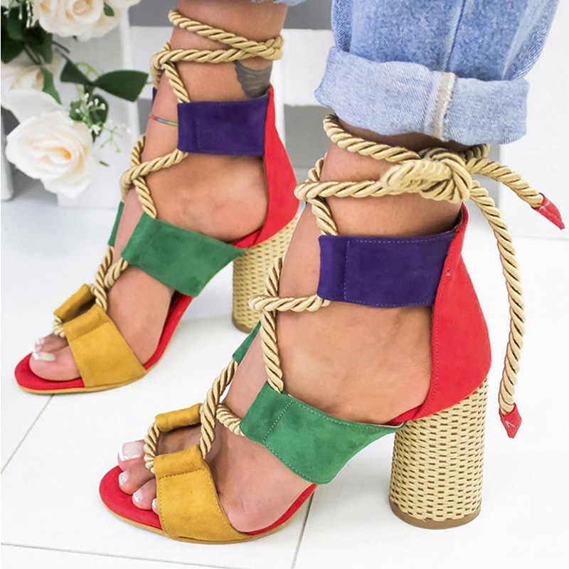 女性のファッションの女性ハイヒールレースアップハイヒールサンダル夏の靴女性のグラディエーターサンダル厚いかかと Chaussures ファム