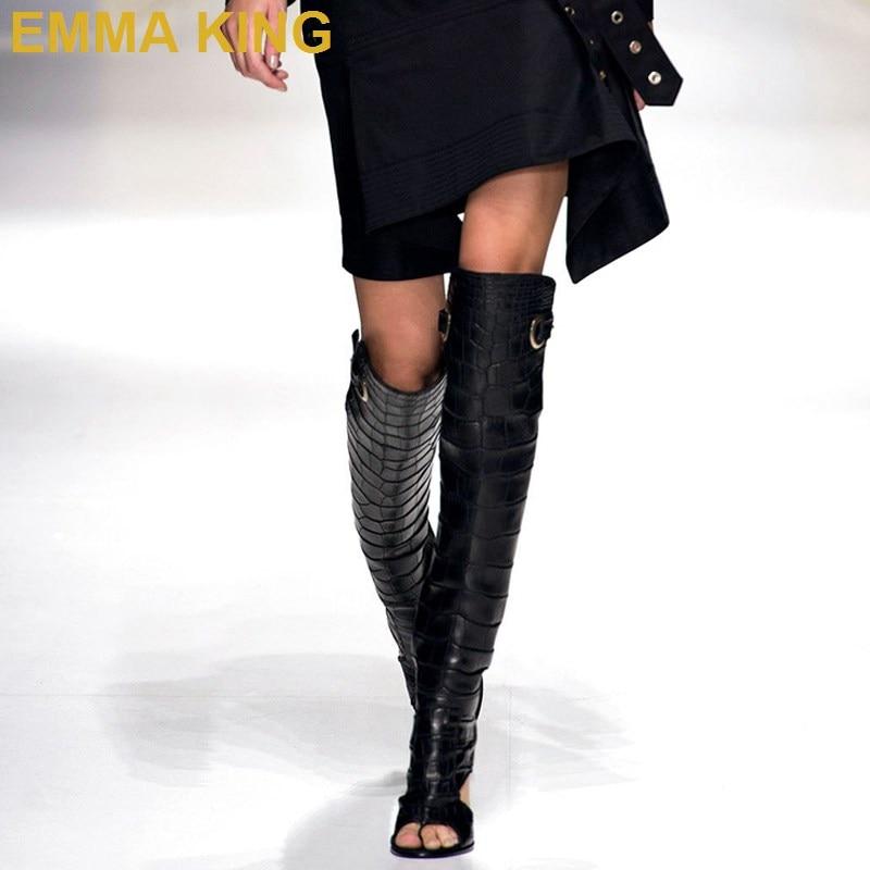 Пикантные женские босоножки выше колена на высоком каблуке; женские летние сапоги с вырезом сзади; римские сандалии; сандалии гладиаторы на квадратном каблуке; женская обувь
