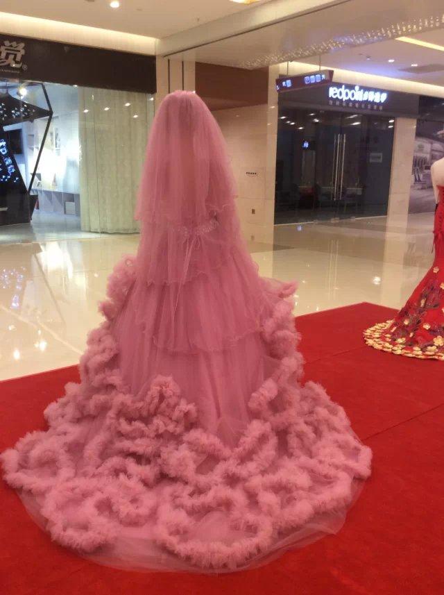 Sin tirantes de tulle suave vestido rosa empolvado nube remolinos ...