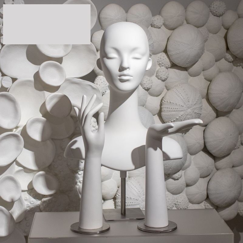White Plastic Female Mannequin Head With Metal Base Not Include Hands