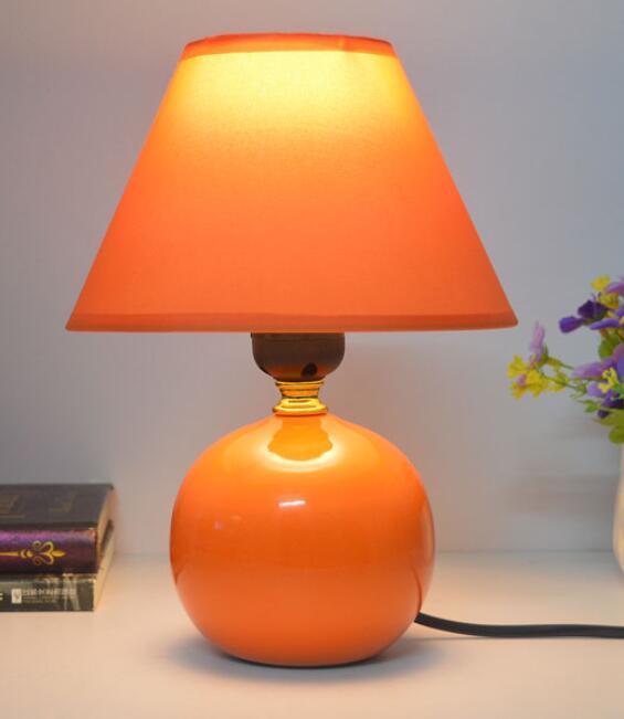 Bedroom bedside table lamp ceramic lamp simple children 39 s for Nachtkast lamp