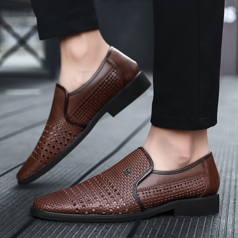 2019 Summer Men's Leather Sandals Genuine Leather Soft Bottom Slip-On Shoes Hole Shoes Middle-Aged Hollow Weave Dad Shoes 47 48