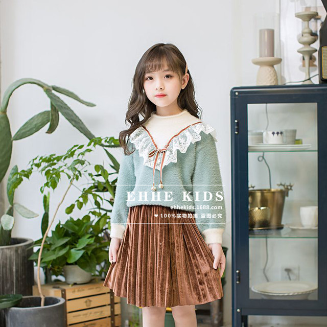 b370f411c Children's clothines suit autumn and winter 2018 new fashion lace stitching  sweater pleated velvet dress two-piece suit