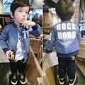 2017 Del Otoño Del Resorte Niños de La Manera muchacha de Los Muchachos Niños chaqueta de Mezclilla Ropa de Viaje Largo sleeveJacket Alfanumérico Fashion18m-5T