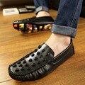 PU Cuero de Los Hombres Zapatos de Los Hombres Respirables del Verano Mocasines Resbalón En los Zapatos Cráneo de La Manera de Los Hombres Ocasionales de Corea Negro Pisos de Conducción zapatos