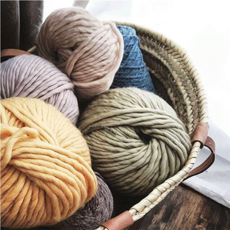 US $500 0 |100% Wool Yarn Hand Knitted thick yarns white blue pink black  colors for Sweater 10 kg small whole sale-in Yarn from Home & Garden on