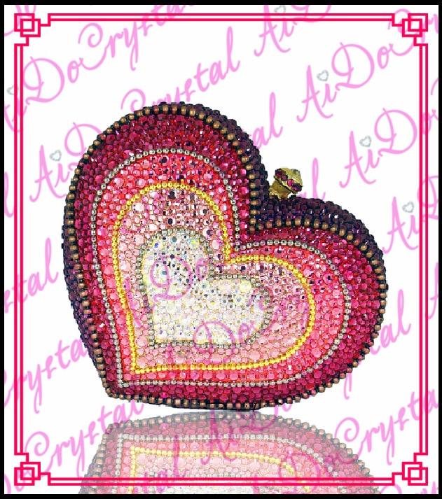 Aidocrystal red heart shape ladies clutch handbag for bridal ladies