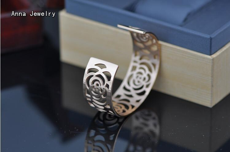 The Most Celebrated Rose Flower Cuff Bangle,Hollow Rose Flower Design Metal Bangle,Perfect for Women Wtist,All Views Will On You Lahore
