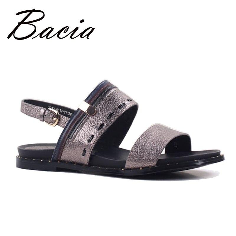 c187794e80 Bacia Novo 2017 Sandálias Da Moda de Pele de Ovelha couro Lichia patern  marrom de Couro Sapatos de Verão calcanhar Plana 34 40 tamanho grande  sapatos SA012 ...