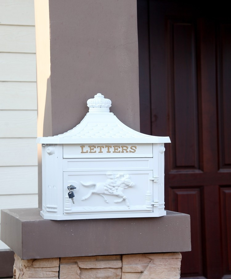 Top-rated 4-Colour Top selling European wall Mailbox Fashion Vintage Bucket tin Newspaper box Post Letter Box aluminium