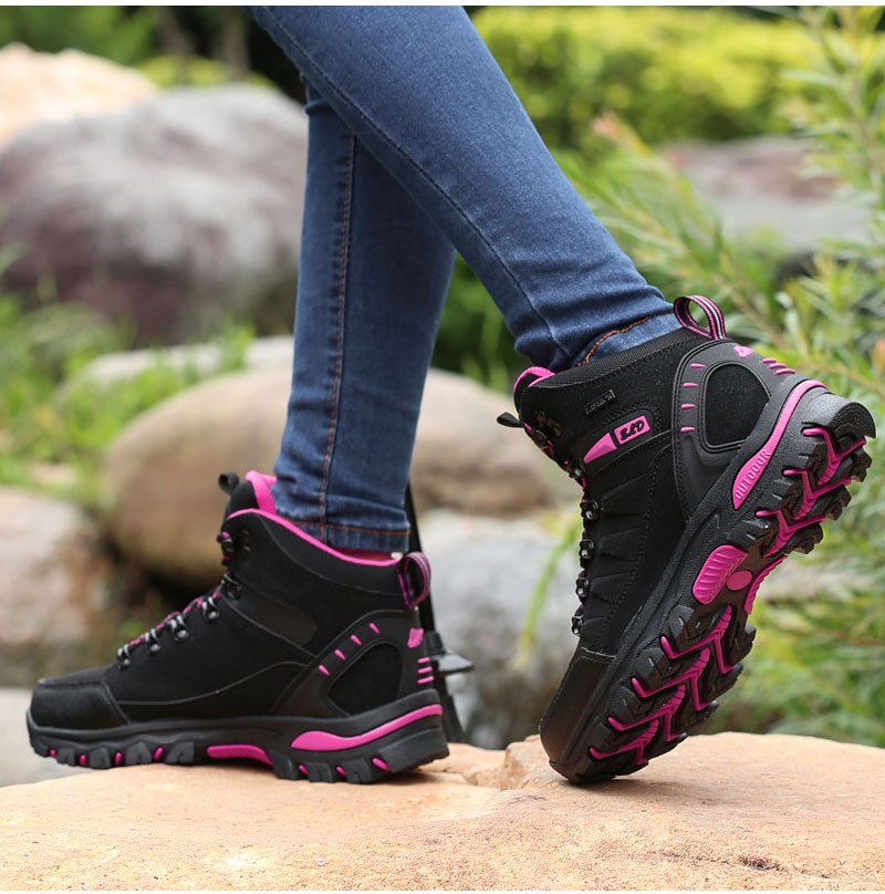 outdoor-hiking-boots-for-men-and-women (25)