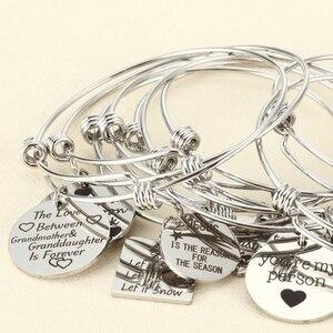 Image 2 - 10 יחידות אקראי קסמי צמיד עם צלחת/לב מתכוונן להארכה צמיד יד חותם חיובי השראה ציטוט קאף צמיד