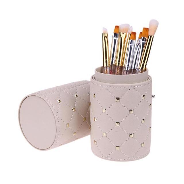makeup brush holder 4