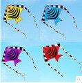 O envio gratuito de alta qualidade bonito peixe pipa com linha punho ao ar livre brinquedo voador ripstops nylon crianças polvo pipa kite surf hot