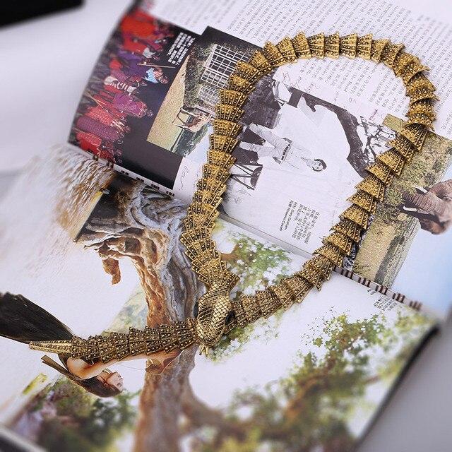 Женское Винтажное колье чокер со змеиным плетением