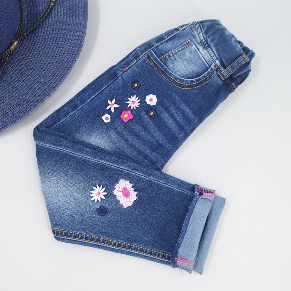 Chumhey Girls Jeans Spring 100% Cotton Stretchy Soft Denim Pants Kids Trousers Embroidery Flowers Toldder Clothes Girls Clothing 2017 fashion vintage colorful flowers bird embroidery blue jeans women denim straight pants mid waist full length trousers femme