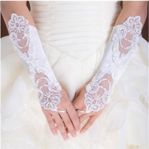 Elegante 2016 Luvas de Noiva Baratos Em Estoque Opera Fingerless Lace Apliques Plissados Marfim Longas Luvas de Noiva Acessórios Do Casamento