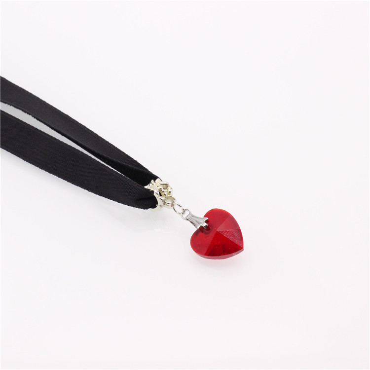 HTB1YISzQFXXXXbKapXXq6xXFXXXW - New Fashion Woman Velvet Choker Heart Crystal Pendant Necklaces For Women Jewelry Female Black Ribbon Necklace Party Gift Collar