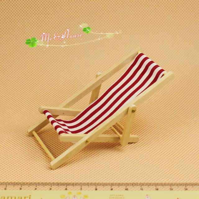 Mini dollhouse doll house red and white stripe wool chaise lounge