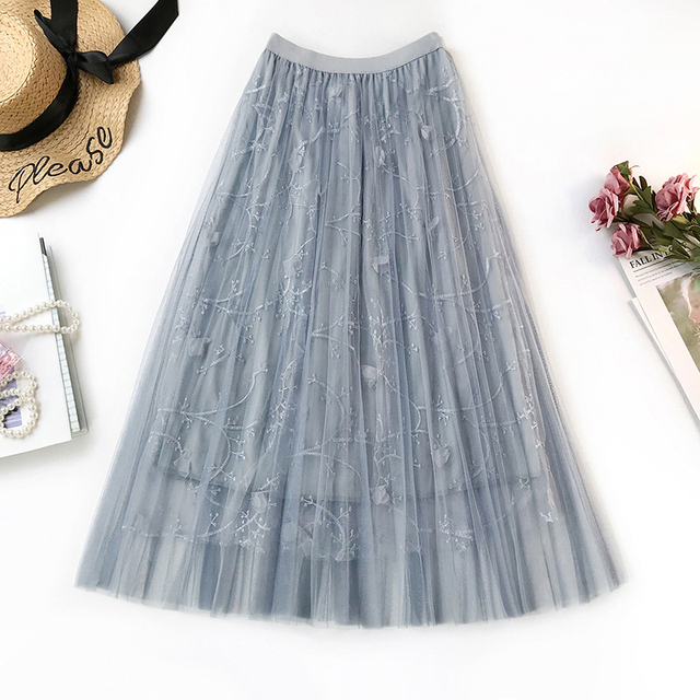 Women skirt summer 2019 Three-dimensional Embroidery femme Solid color Elasticated high waist vogue skirt New arrive fashion