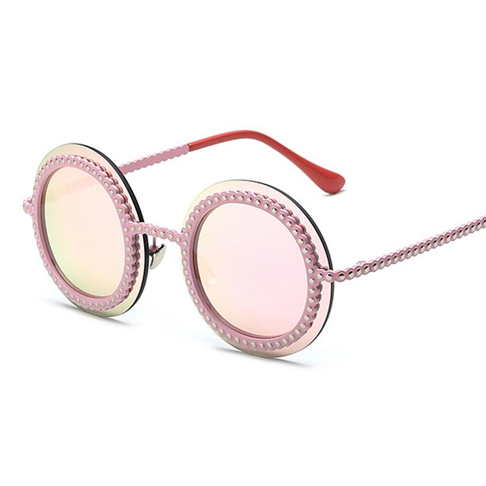 Ziemlich Schöne Frauen Perle Sonnenbrille Metall Nägel Rund ...