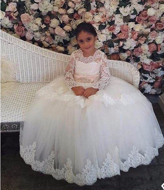 long sleeves White/Ivory flower girl dresses for wedding Lace Applique first communion dress ball gowns with sash