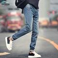 Pantalones vaqueros de los hombres 2017 nuevo otoño y del invierno de los hombres más el tamaño 28-40 de color negro y azul pantalones cómodos de los hombres de moda