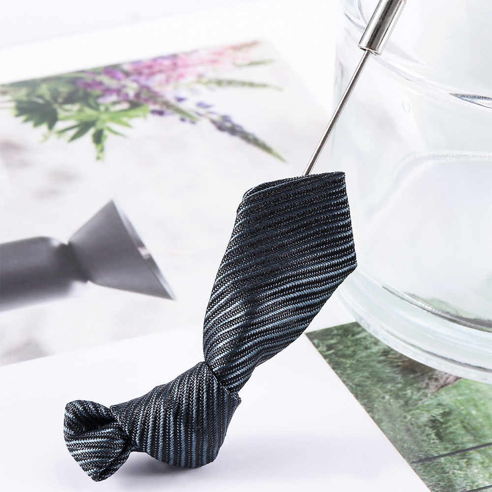 ストライプ柄ネクタイ形のブローチスーツの装飾ファッション結婚式花婿の付添人ブローチピン男性ラペルピンアパレルアクセサリー