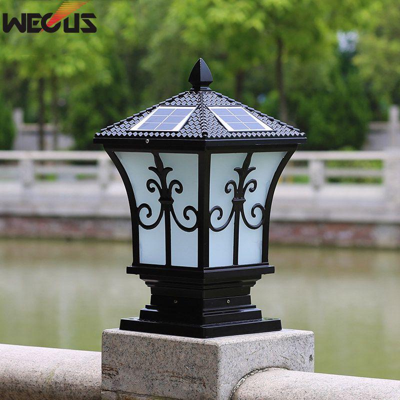 Lampes murales extérieures solaires, lampes de poste extérieures. Lumières de jardin de villa à la maison imperméables, 20*20*38 CM