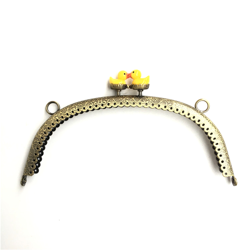 10Pcs Bronze Tone Flower Convex Lace Arcylic Duck Heads Arch Metal Frame Clutch Kiss Clasp Handbag Purse Bag Handle Accessories