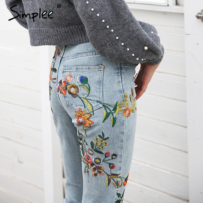 Aliexpress.com  Comprar Simplee bordado Floral de las mujeres pantalones  vaqueros pantalones casuales Pantalones vaqueros de cintura alta Mujer luz  azul ... f71d472a1517