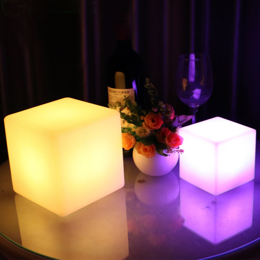 LED luminous cube outdoor luminous furniture creative bar stool remote control colorful charging side stool 25CM led cube chair outdoor furniture plastic white blue red 16coours change flash control by remote led cube seat lighting