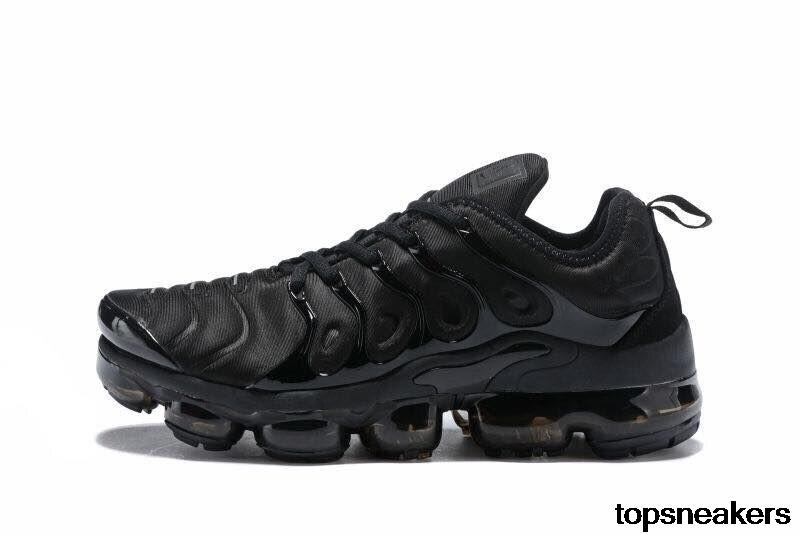 Luxury Sport Shock Sneakers Men New AIR VAPORMAX PLUS CARGO KHAKI TN Plus Running Shoes Classic Outdoor Run Shoes Black White