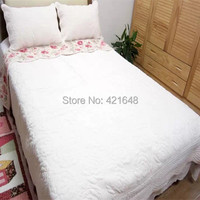 Free Shipping Rose Floral Coral Fleece Fabirc Bedding applique patchwork quilt full/queen/king size 3pcs flannel bedding set