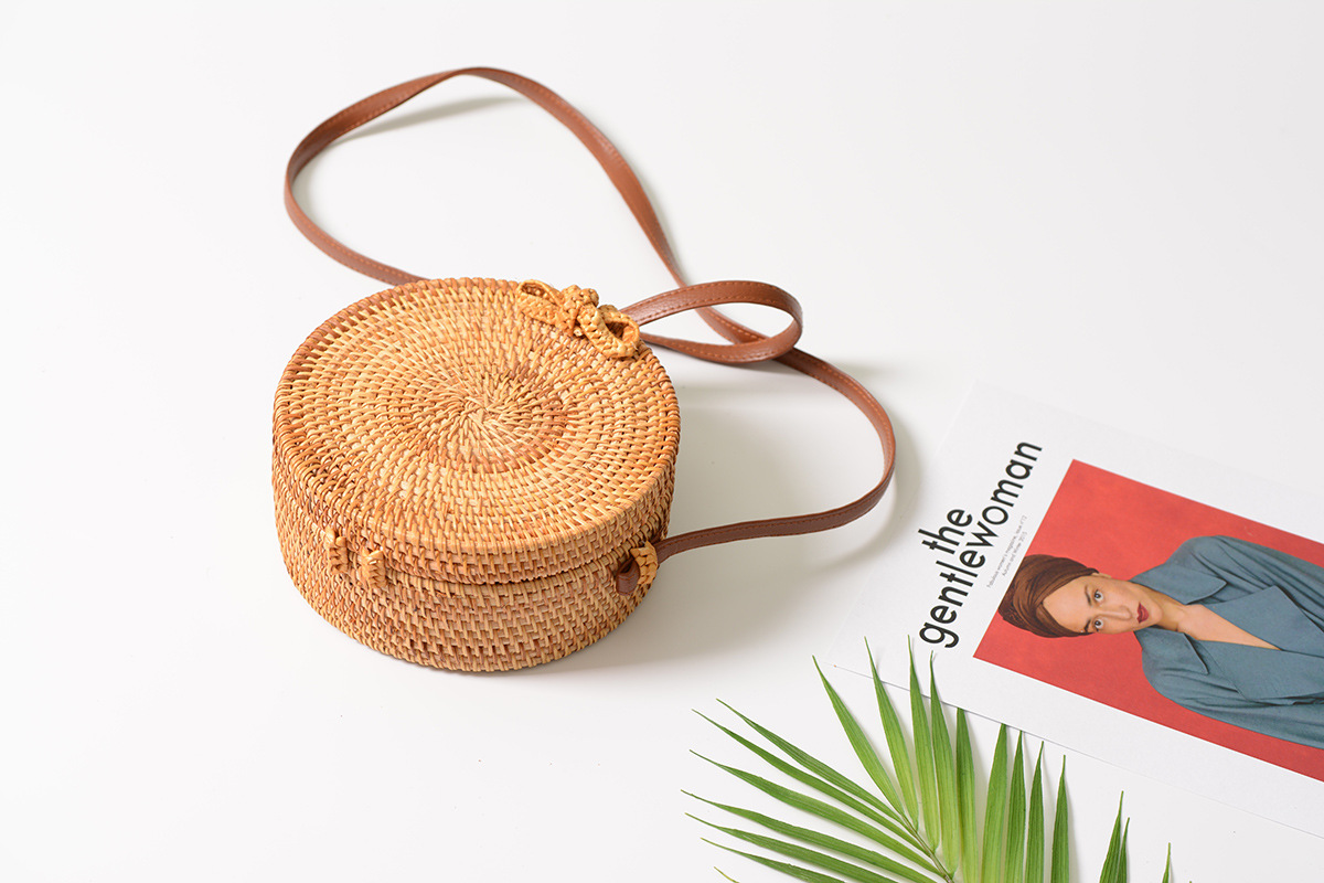 Bali Island Hand Woven Bag Round Bag buckle Rattan  Straw Bags Satchel Wind Bohemia Beach Circle Bag 4