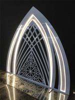 Wedding props custom European wedding stage lighting three dimensional arch decoration display window decoration.