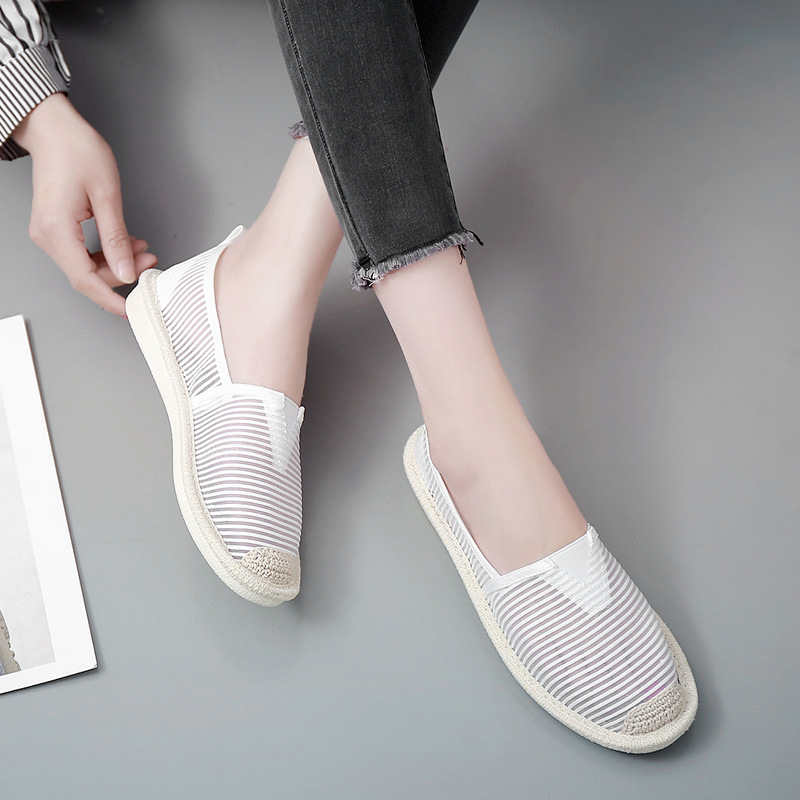 Fashion Hollow Womens Air Mesh Flats Women 2018 Summer Casual Fisherman Shoes Black White Ladies Lightweight Shoes Breathable summer lazy white shoes women 2018 new korean version joker hollow breathable cloth shoes mesh shoes