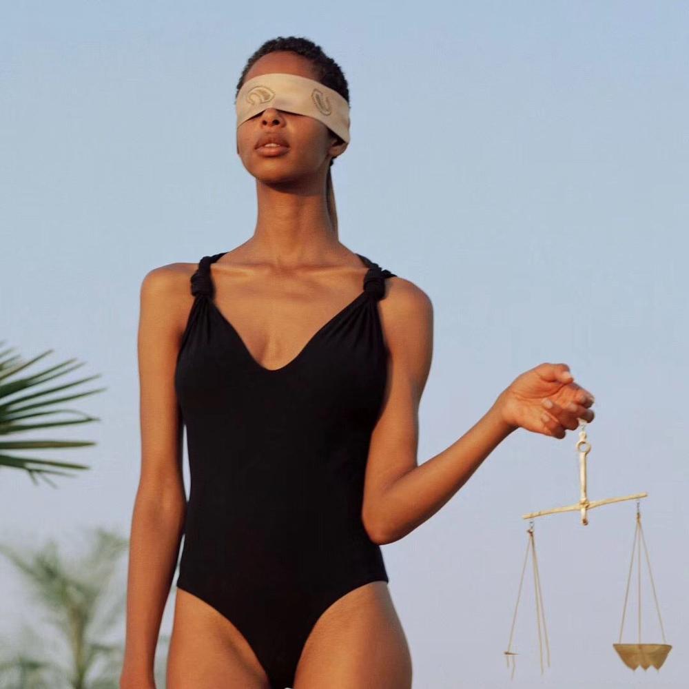 Zwart een stuk V hals Bandjes met Knoop Mouwloze 1 STUK Badmode-in Rompers van Dames Kleding op  Groep 1