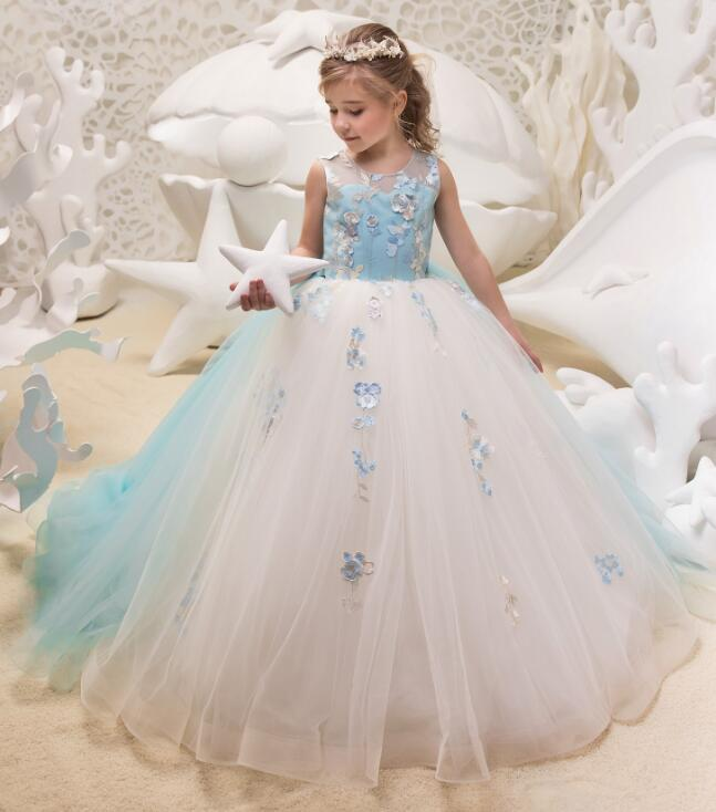 2018 Sky Blue Flower girl Dresses Ball gown 3D Flowers Beautiful girls pageant dress communion gown for girls size 2-16Y light blue flower girl dresses with butterfly short sleeves ball gown o neck first girls communion gown girls pageant dress new