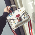 crossbody bags for women 2017 bolsa feminina handtassen Rivet Flowers Embroidery PU Leather vintage luxury brand shoulder bags