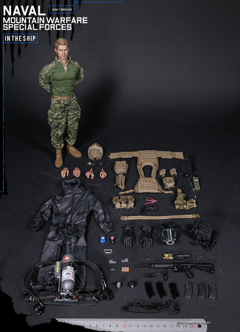 """DAMTOYS 78051 1//6 Naval Mountain Warfare Special Forces 12/"""" Figure Mask Model"""